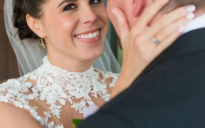 How to look good in wedding photos – Tips from a destination wedding photographer