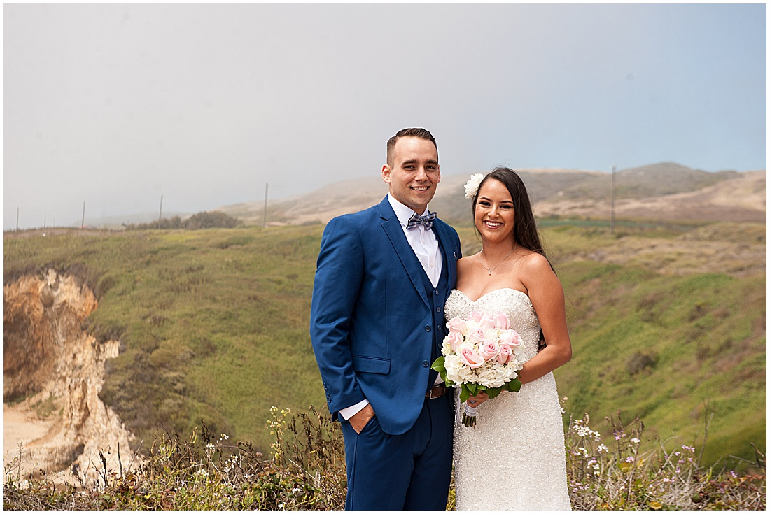 intimate Panther Beach Micro Wedding by Jen Vazquez Photography_0006