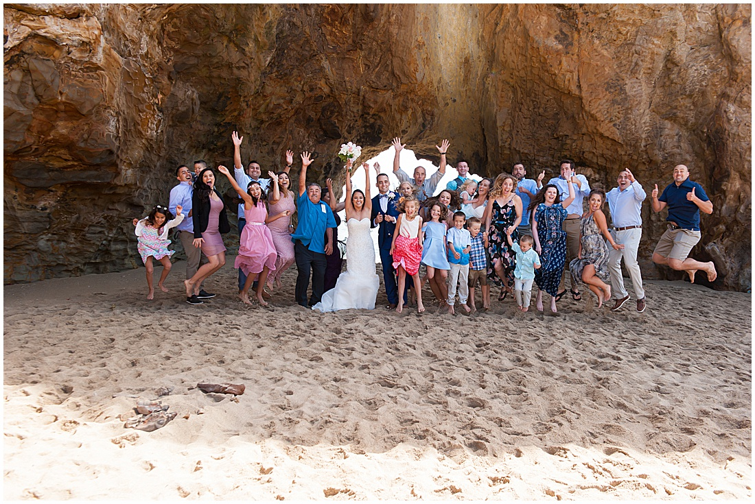 intimate Panther Beach Micro Wedding by Jen Vazquez Photography_0012