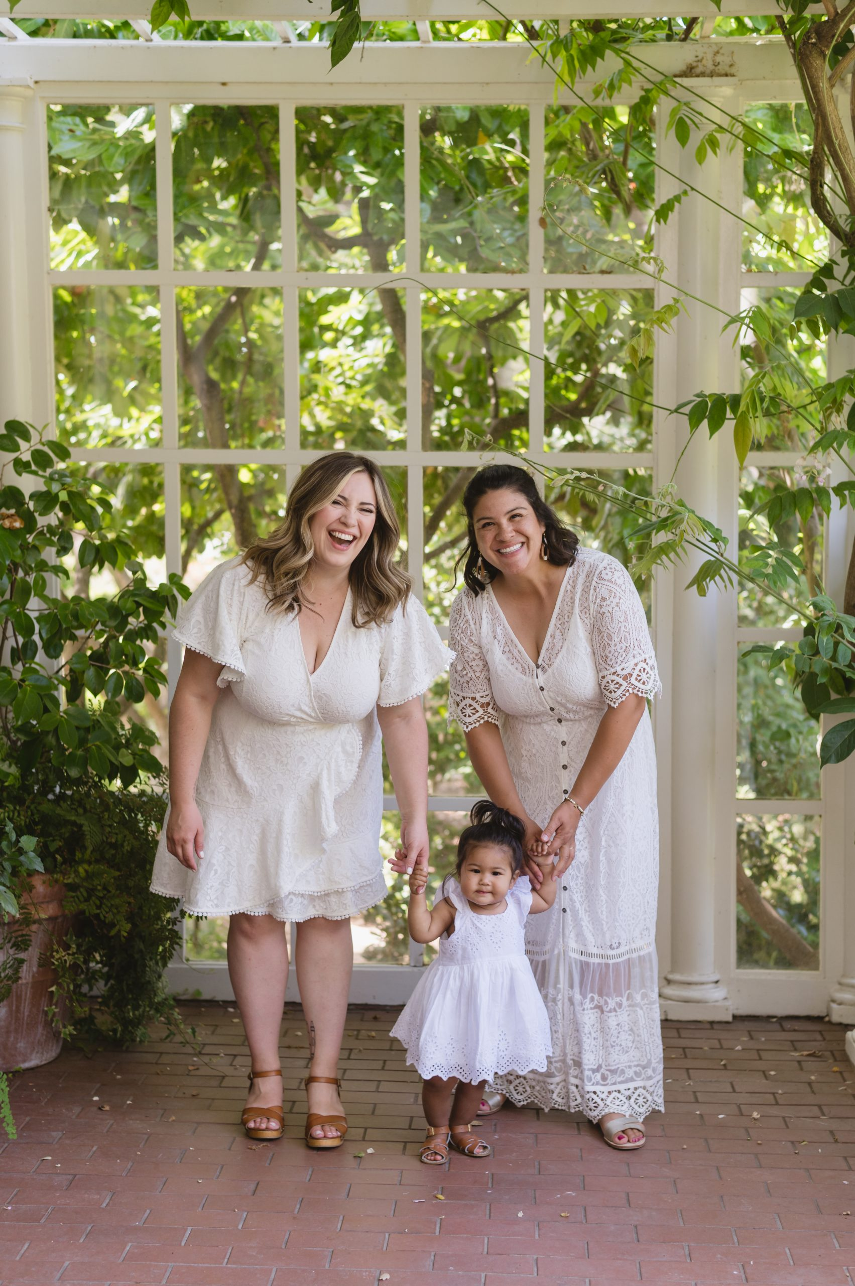FAMILY PORTRAITS: How to prepare, What to Wear, and everything in between
