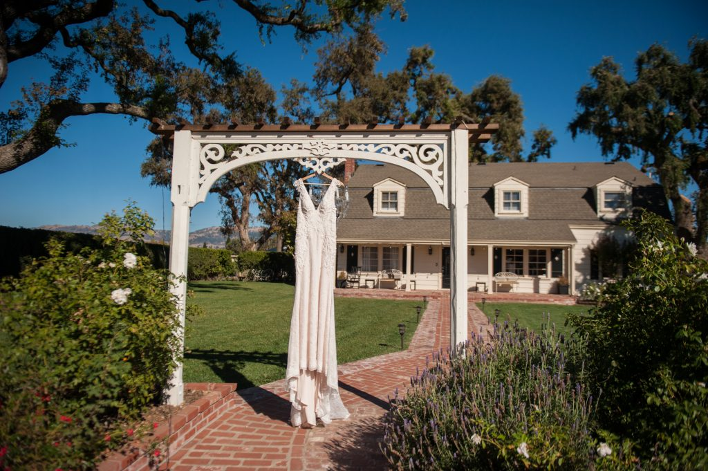 The Fitz Place Wedding in San Martin California by Jen Vazquez Photography
